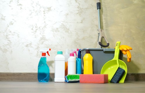 an example of cleaning products